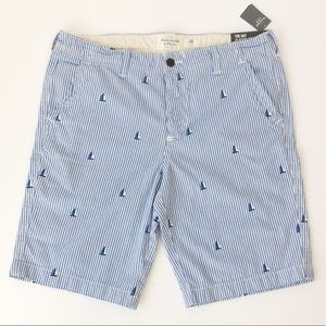 NWT Abercrombie & Fitch Classic Fit Boat Shorts